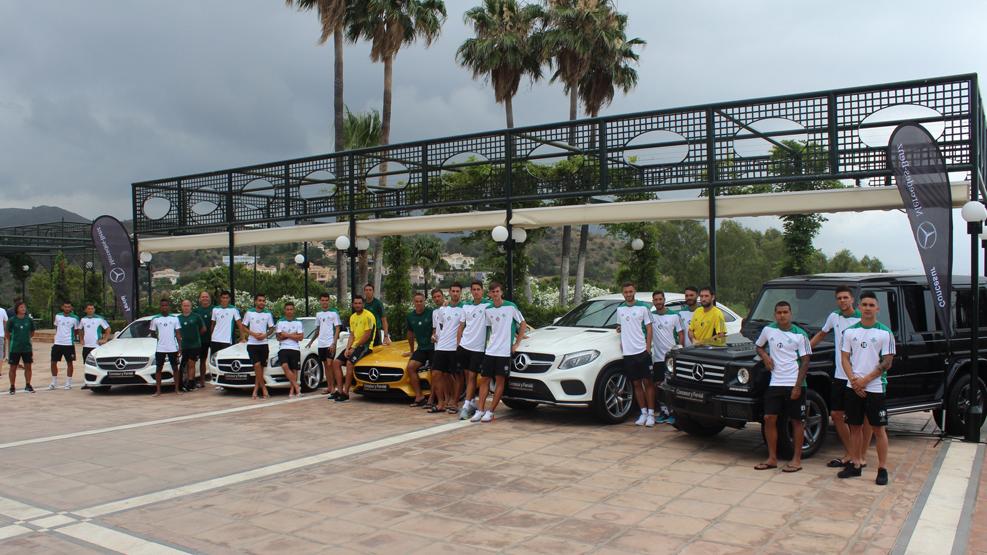 Grupo Concesur presenta los vehículos oficiales del Betis