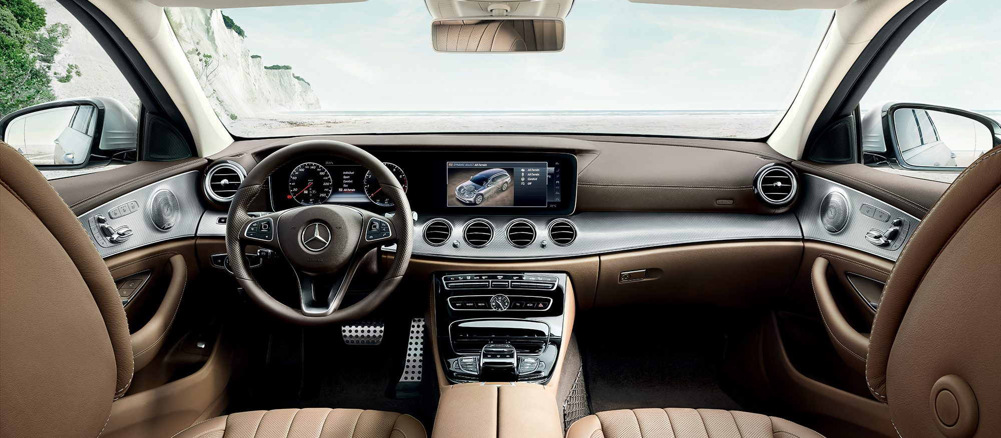 interior Mercedes Clase E All Terrain Concesur y Fervial