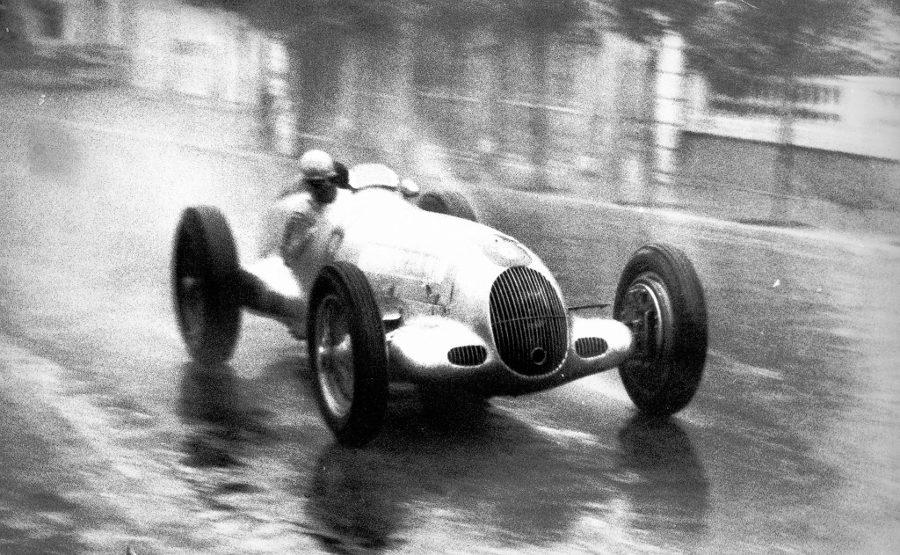 Mercedes_ocasion_fórmula1_caracciola