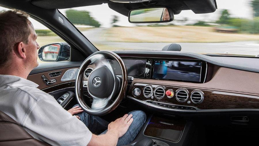 ¿Serán seguros los coches autónomos?