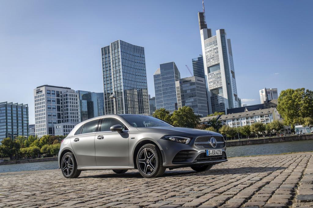 Mercedes-Benz: Líder de lujo en España 2019