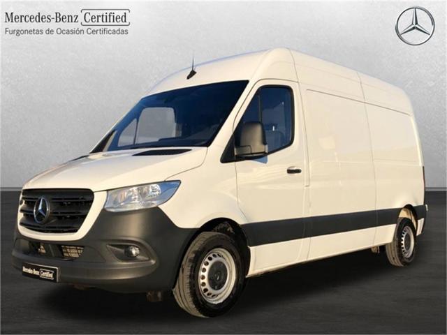 Mercedes-benz sprinter furgon 314 cdi medio 3.5t techo alto 105 kw (143 cv)