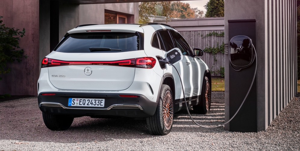 ¿Cuál es la autonomía de los coches eléctricos de Mercedes Benz?