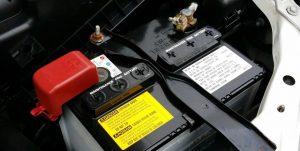 Mantenimiento de la batería del coche: ¿cada cuánto tiempo cambiarla?