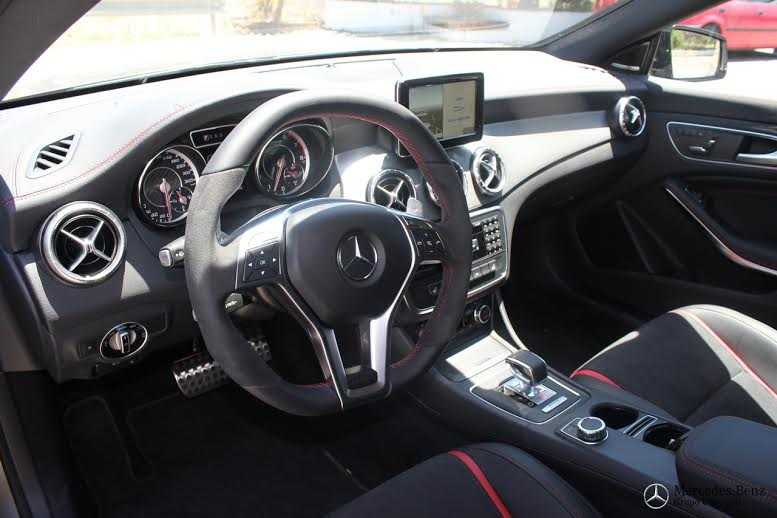 Interior C63 AMG Mercedes-Benz